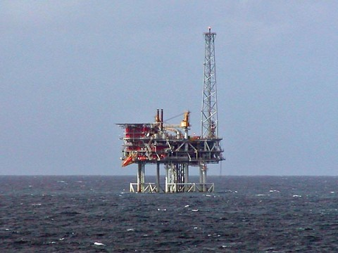 North Sea oil platform. Photo by Stan Shebs, via Wikimedia Commons.