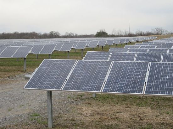 This solar farm is in Tennessee.