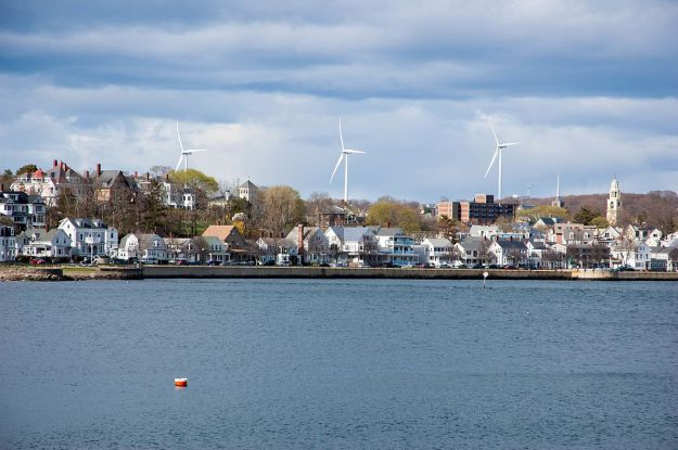 Wind turbines in Gloucester, Massachusetts. Photo by Fletcher6. CC BY-SA 3.0 unported. Wikimedia Commons.