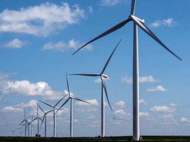 A wind farm in Marshalltown, Iowa. Photographer: Timothy Fadek/Bloomberg