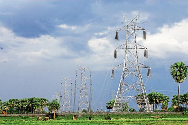 Indian transmission lines. Photo: Indranil Bhoumik/Mint