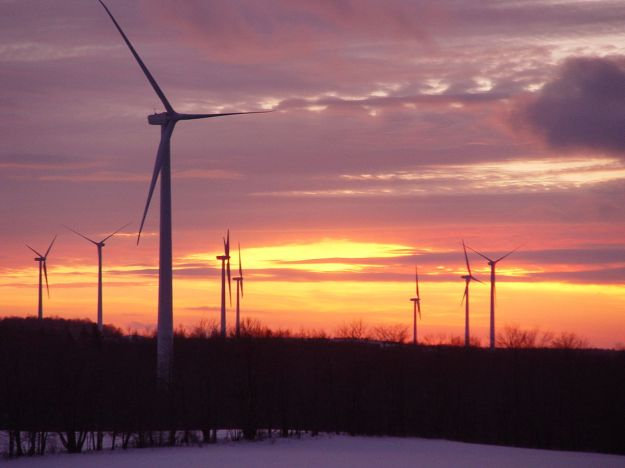 Bliss Wind Farm near Eagle, New York. Photo from Windtech at English Wikipedia. CC BY-SA 3.0 unported. Wikimedia Commons.