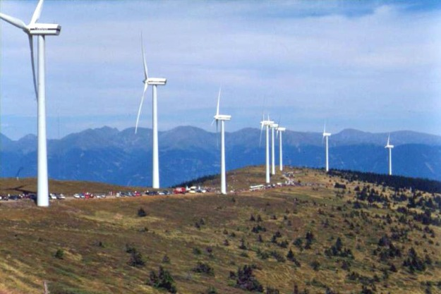 Vestas wind turbines in Austria. Photo by Kwerdenker. CC BY-SA 3.0 unported. Wikimedia Commons.