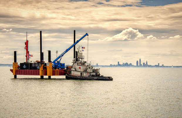LEEDCo wind turbine and barge. Howard Tucker, Grossi Public Relations.