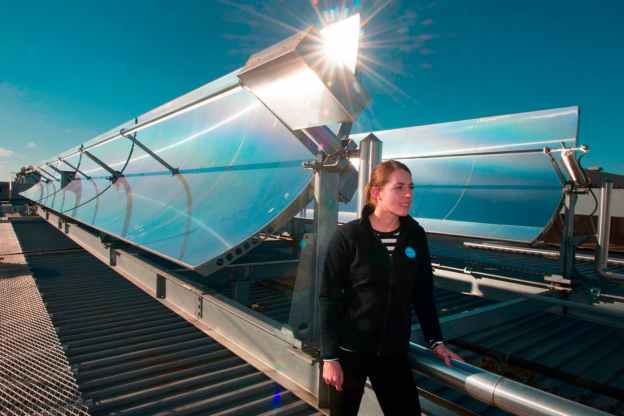 Solar thermal collection troughs. (Credit: CSIRO)