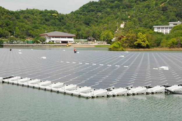 A 2.3-MW floating solar array in Kasai City, Japan.