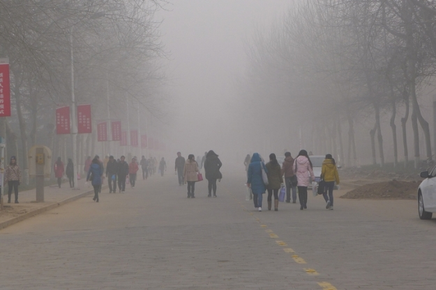 Pollution in the Henan Province, China. Credit: V.T. Polywoda / flickr.