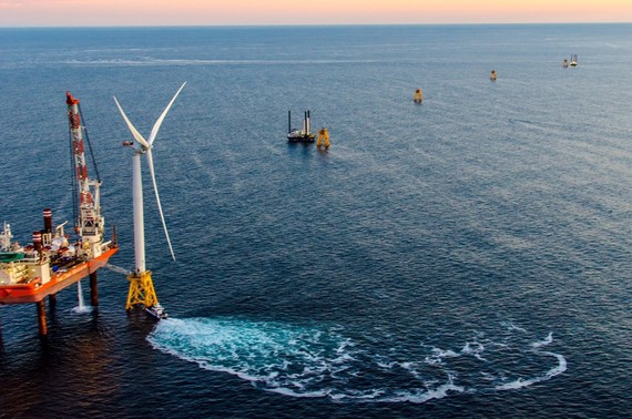 Deepwater wind – first US offshore project. Deepwater wind photo.