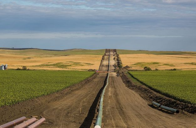 Dakota Access Pipeline (Photo: Tony Webster, Wikimedia Commons)