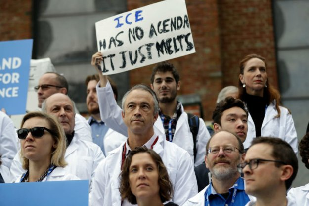 Scientists at rally (Marcio Jose Sanchez / AP / File)