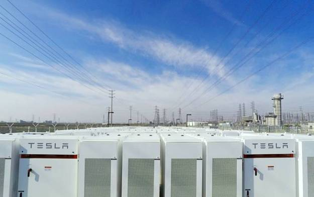 Tesla battery packs at the Mira Loma substation (Tesla image)