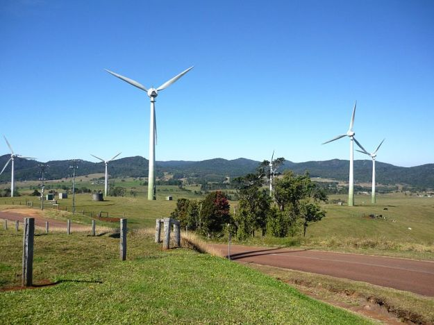 02-27-windy_hill_wind_farm_2